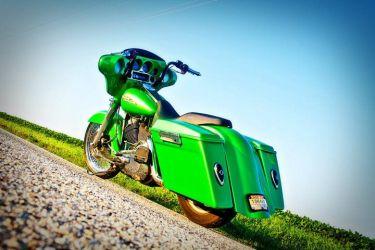 b_0_250_16777215_00_images_ClientShowcase_Justin_Nichols_Motorbike.jpg