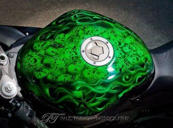 b_0_250_16777215_00_images_ClientShowcase_Justin_Nichols_Motorbike_Gas_Tank.jpg